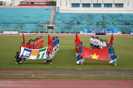 Giải bóng đá FSOFT World Cup tại sân vận động Chi Lăng, Đà Nẵng.