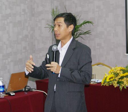 Theo Chủ tịch CMO Councel Worlwide tại Việt Nam, ngoài yếu tố con người thì doanh nghiệp cần thiết phải có sự hỗ trợ của Công nghệ thông tin mà cụ thể nhất là phần mềm quản trị nhân sự.