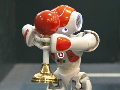 CTO FPT đánh giá cao sáng tạo của đội thi Mobile Robot Challenge