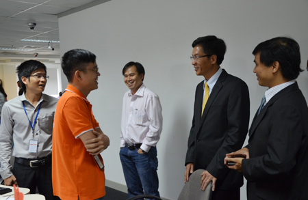Ban lãnh đạo Kinh Đô thăm khu làm việc của FSU3 - đơn vị trực tiếp triển khai dự án.