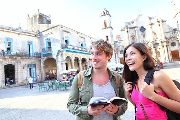 Tourists-Havana-cuba-740-3628-1431599607