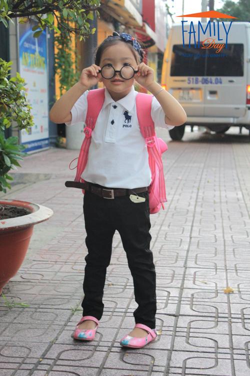 """""""Ngố ra phố"""" là ảnh của bé Nguyễn Hoàng Minh Anh, con anh Nguyễn Vĩnh Anh và chịNguyễn Hoàng Thanh Vân (FPT HO)."""