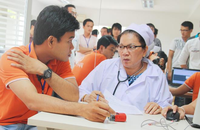 Theo anh Trần Minh Trí, Cán bộ Văn hóa - Đoàn thể FPT Software, có khá nhiều đồng nghiệp bị từ chối vì sức khỏe không đảm bảo hoặc tối hôm trước khi hiến máu phải làm tăng ca cho kịp tiến độ dự án.