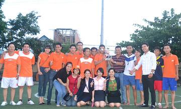 Kinh doanh Tam Kỳ giành Cup mừng sinh nhật Viễn thông FPT Quảng Nam