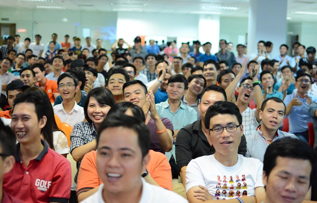 Chương trình thu hút hàng trăm cán bộ nhân viên (CBNV) của FPT Telecom HCM tham dự.