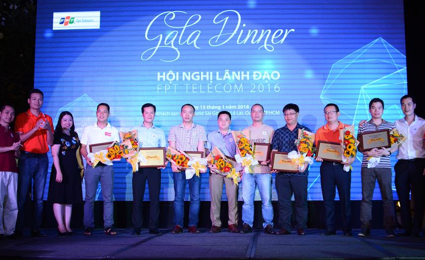Ở Bảng Vàng, FPT Telecom ghi nhận sự đóng góp của nhiều đơn vị, chi nhánh có thành tích xuất sắc như: Vùng kinh doanh 1, Vùng kinh doanh 5, FTI, các chi nhánh Thái Bình - Nghệ An, Khánh Hòa - Quảng Ngãi...