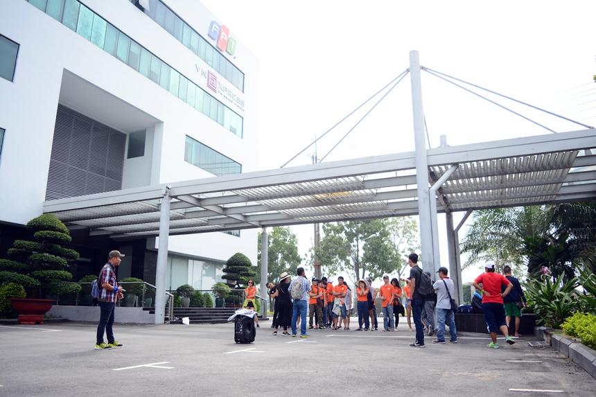 Sáng ngày 22/10, chương trình Ngày hội Văn hóa 2016 do Ban Văn hóa - Đoàn thể FPT (FUN) phía Nam tổ chức đã được khởi động tại TP HCM. Ngày hội Văn hóa 2016 diễn ra trong hai ngày 22-23/10 tại La Gi, Bình Thuận, với 25 cán bộ Tổng hội FPT HCM tham gia.