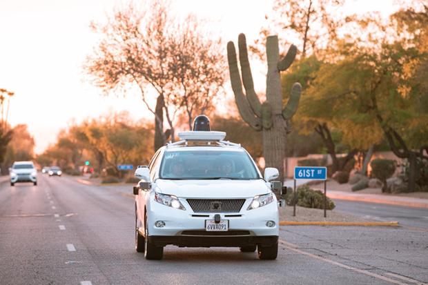Dự án xe không người lái của Google được thử nghiệm trên nhiều loại xe khác nhau và đã được phê duyệt để thử nghiệm ở nhiều bang của Mỹ.