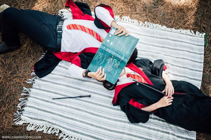 Điều khiến cô gái gốc Quảng Ngãi ấn tượng ở người bạn đời chính là luônchúi đầu đọc truyện thiếu nhi mỗi khi đi nhà sách.