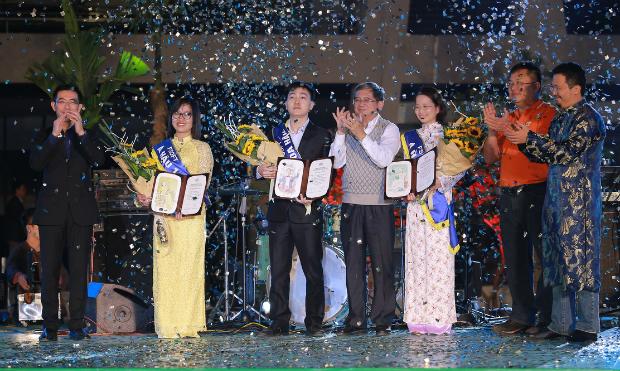 Tam hậu FPT Software được tôn vinh trong Sumup tại Hà Nội.