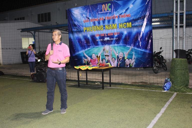 """Anh Phạm Như Hoài Bảo, Giám đốc Phương Nam, mong muốn các cầu thủ tham gia giải thể hiện tinh thần đồng đội và """"fair-play"""", mang đến một mùa giải tốt đẹp mừng sinh nhật lần thứ 7 của PNC."""