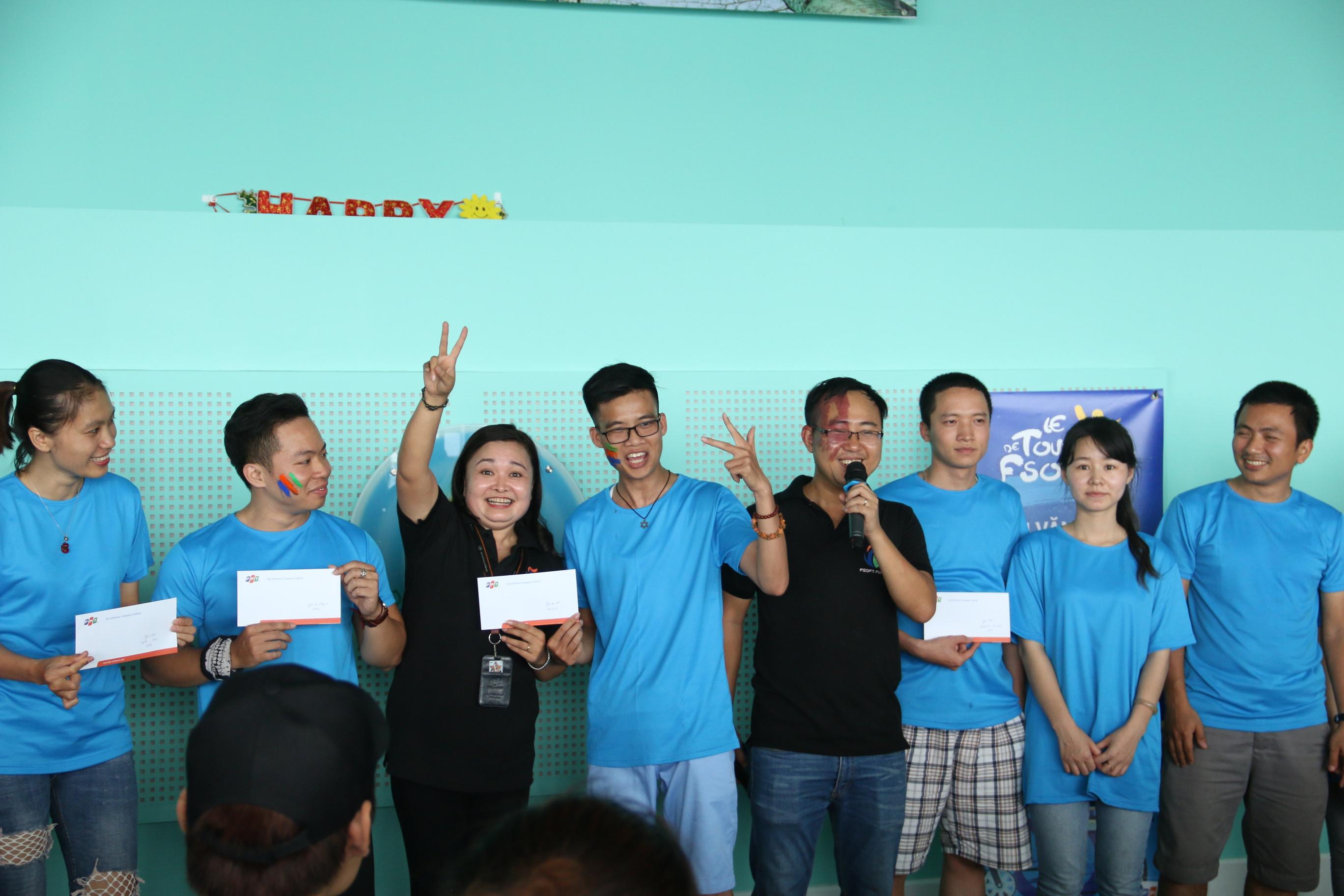 Giải áp chót (vận động viên về gần cuối) thuộc về cặp đôi Nguyễn Văn Hải (FSU1.GNC) và bạn đua.