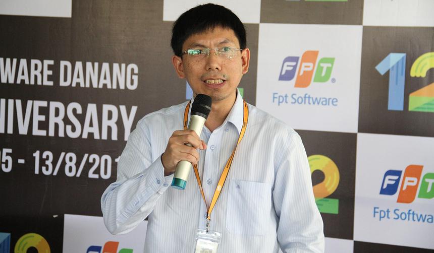 GĐ FPT Software Đà Nẵng Nguyễn Tuấn Phương nhìn nhận, buổi sinh nhật được tổ chức khá đặc biệt với một không gian đơn giản nhưng độc đáo, tạo điều kiện để tất cả mọi người cùng tham gia. Tròn 12 năm, anh tin tưởng tất cả mọi người đã trưởng thành để hướng tới những mục tiêu mới, mang tính tiên phong.