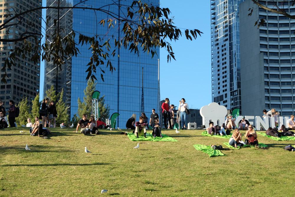 Tháng 10 là thời điểm cuối xuân, đầu hè ở Australia. Người dân rất thích ra ngoài trời để vui chơi, tập thể thao…
