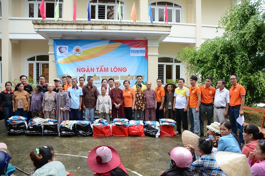 Theo thống kê, cả xã miền núi Xuân Sơn Bắc có hơn 1.000 hộ dân, 4 ngôi nhà bị tốc mái, 203 hộ nghèo.