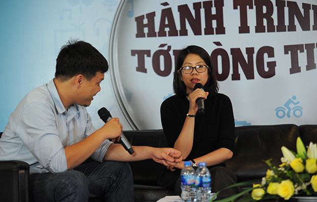 """Khi khó khăn qua đi, VnExpress bước vào thời kỳ bứt phá. Tháng 6/2007, VnExpress trở thành website Việt Nam đầu tiên góp mặt vào Top 100 Alexa. Trong thời gian này, báo đã tiên phong triển khai những chuyên đề mới, tạo được dấu ấn với độc giả, đặc biệt là Top 100 người giàu nhất Việt Nam trên sàn chứng khoán. Với chị Thanh Thủy - cựu thành viên VnExpress, người đã triển khai cuộc bình chọn Top 100 người giàu nhất sàn chứng khoán Việt Nam đầu tiên, trước khi danh sách được công bố là những tháng ngày trần ai """"đốt đuốc tìm tỷ phú"""". Sau nhiều tranh luận, phương án được chọn là chia cho tất cả thành viên trong nhóm đọc hết các bản cáo bạch, báo cáo tài chính của tất cả công ty niêm yết trên san. """"Team toàn nữ. Ban ngày đẩy tin bài, tối về chong đèn soi số liệu"""", chị hồi tưởng. """"Nhưng khó khăn là nhiều báo cáo không rõ ràng, rời rạc. Ban đêm 2-3h sáng muốn đập bàn chửi thề"""". Trong khi đó, khi phỏng vấn các ứng cử viên, phần lớn cho rằng VnExpress công bố danh sách sẽ ảnh hưởng đến cuộc sống cá nhân của họ. Nhưng rồi cả nhóm và báo phải vượt qua các trở ngại. Sau này, khi danh sách trở nên phổ biến, nhiều người lại khao khát được vào danh sách này."""