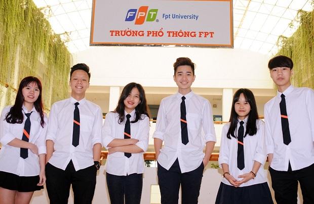 THPT-FPT-chuyen-truong-2-1827-7803-6265-