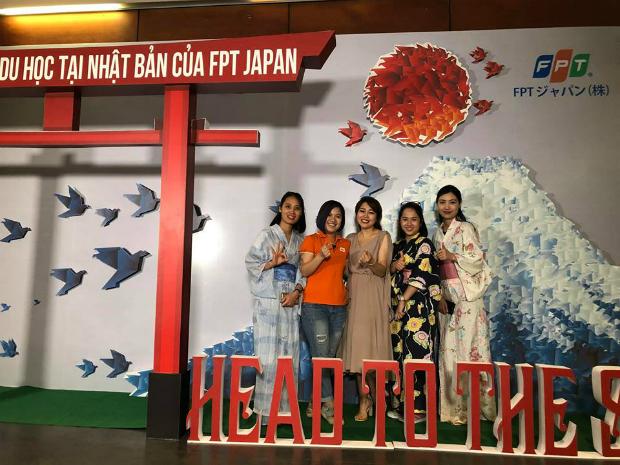 BTC mang đến cho các ứng viên một không gian văn hóa đậm chất Nhật Bản với trang phục Yukata truyền thống của xứ hoa anh đào.