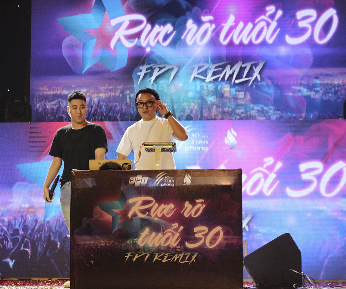 Sao chổi FPT miền Trung diễn ra vào tối ngày 24/5, tại Nhà hát Trưng Vương, TP Đà Nẵng. DJ Lê Trình là khách mời của chương trình.