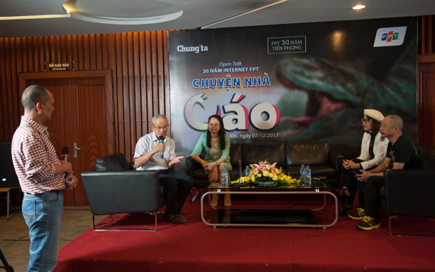 Sự kiện doChungta.vntổ chức chiều ngày 7/12, tại tầng 13 toàn nhà FPT Cầu Giấy (Hà Nội). Chủ tịch Trương Gia Bình, Chủ tịch FPT Telecom Chu Thanh Hà cùng nhiều chứng nhân quan trọng trong hành trình 20 năm Internet FPT đồng hành Việt Nam.