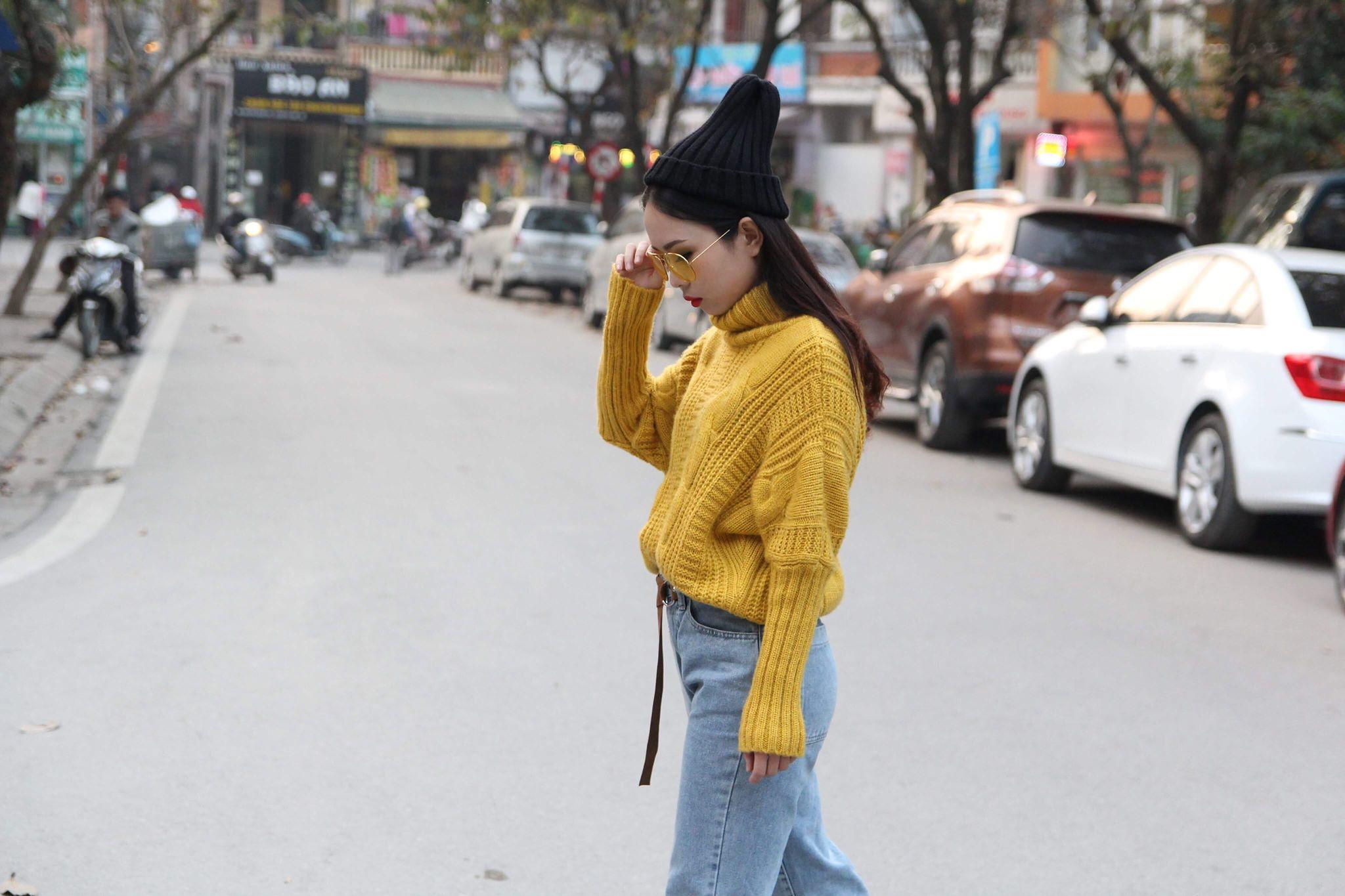 Ngoài đi học ra, nữ sinh FPT làm diễn viên tự do và mẫu ảnh cho các nhiếp ảnh gia. Sở trường của Trang là diễn xuất, khi được hoá thân thành các nhân vật khác nhau, cô cảm thấy rất vui và hạnh phúc.