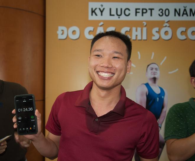 Hiện tại, kỷ lục gia có thời gian nín thở lâu nhất của FPT HN thuộc về anh Nguyễn Tiến Đạt, FPT Software, với thành tích 1p24s36.