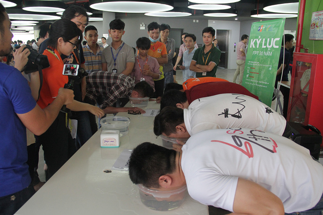 Rất nhiều đồng nghiệp sau đó thực hiện phần thi khá tốt nhưng vẫn không thể phá kỷ lục của Huỳnh Ngọc Khoa.