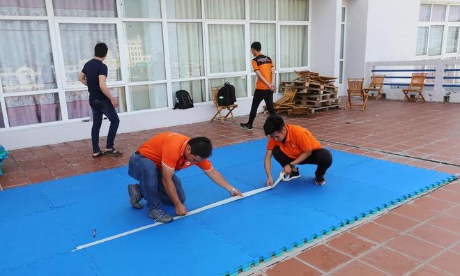 Sự kiện lần này, có 5 môn thi đồng thời, bao gồm: Xoạc, Plank, Bật xa, Hít đất và Nhảy dây.