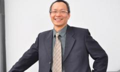 Anh Nguyễn Khắc Thành: 'Chờ người có bộ đồng phục lâu hơn 25 năm'