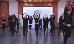 'Nhá hàng' điệu nhảy FPT 30 năm trước giờ G