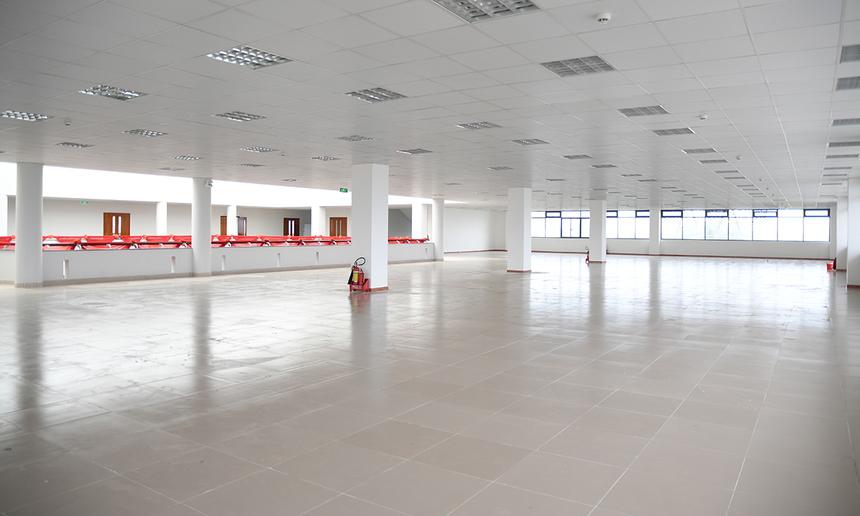 Các khu vực trống ở tầng 3 sẽ là không gian cho sinh viên học võ Vovinam - môn Giáo dục thế chất trong chương trình tín chỉ bắt buộc.