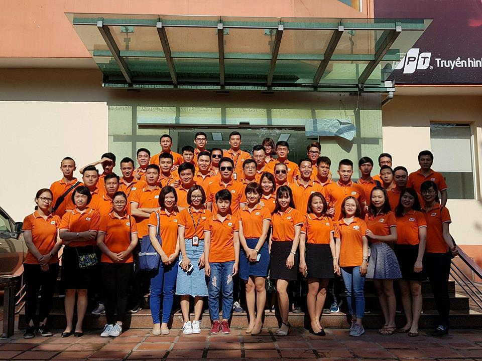 Trung tâm Phát triển Dự án FPT Telecom hưởng ứng phong trào nhuộm cam phố phường và công sở mỗi thứ Hai hằng tuần của FPT.