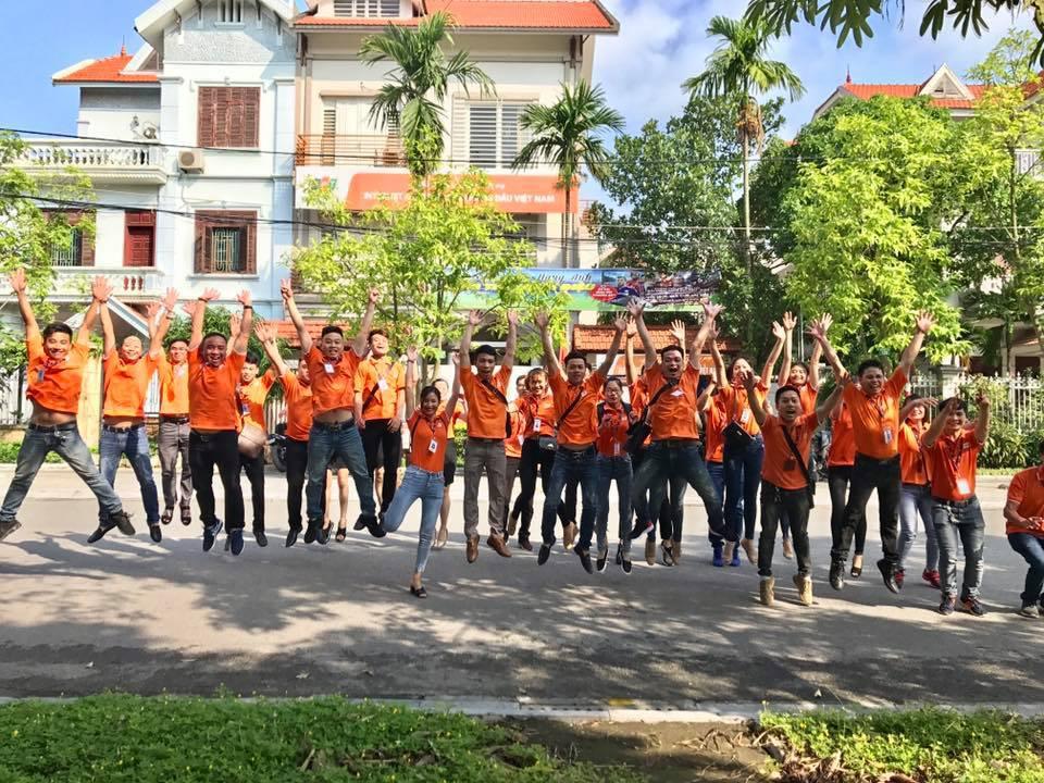 Đội quân FPT Telecom Bắc Ninh rực rỡ sắc cam đầu tuần ra trận.