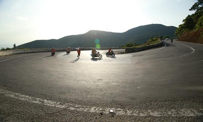 VĐV Lê Thanh Hải mang số áo 1122 là người chạy qua cung đường khắc nghiệt nhất. đường quanh co và dốc cao hơn so với các chỗ khác. Nếu như bình thường 1 km đường đèo bằng 2 km đường thường thì đoạn đường mà anh Thanh Hải chạy qua phải tương ứng với 3 km.