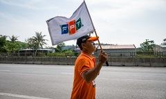 'Lá cờ FPT có vướng bẩn, Ban tổ chức quyết giữ nguyên'