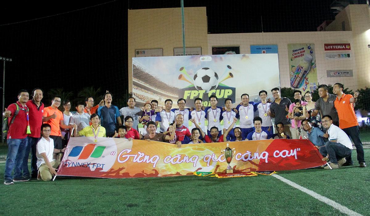 Synnex FPT vô địch xứng đáng. Đội bóng HLV Minh Đức đạt thành tích bất bại cùng lối chơi tấn công đẹp mặt, cống hiến. Bên cạnh đó, Ban tổ chức còn trao giải Ba cho FPT Telecom và Phong cách thuộc về Liên quân. Giải bóng đá lớn nhất FPT tại miền Trung được khởi tranh vào ngày 13 và kết thúc vào 31/8. Đây là lần đầu tiên giải được tranh tài trên sân bóng bên ngoài FPT, với mục đích quảng bá hình ảnh và tăng thêm tính cạnh tranh cho các đội.Cup 13/9 miền Trung 2018 cũng chứng kiến số lượng đội bóng tham gia kỷ lục với 8 đội, tăng hai đội so với giải đấu năm 2017. Ban tổ chức áp dụng luật thi đấu sân 7 người, 8 đội bóng chia thành hai bảng đấu để tìm ra 4 đội xuất sắc vào vòng trong. Kết quả bốc thăm, bảng A có sự hiện diện của FPT Software, FPT Liên quân, FPT Telecom và FPT Edu 1. Bảng B là cuộc so tài giữa Synnex FPT, BPS - FPT Software, FPT Edu 2 và FPT Retail.