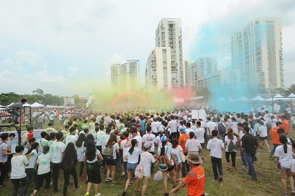 Color-Fest-1855-1536251625.jpg