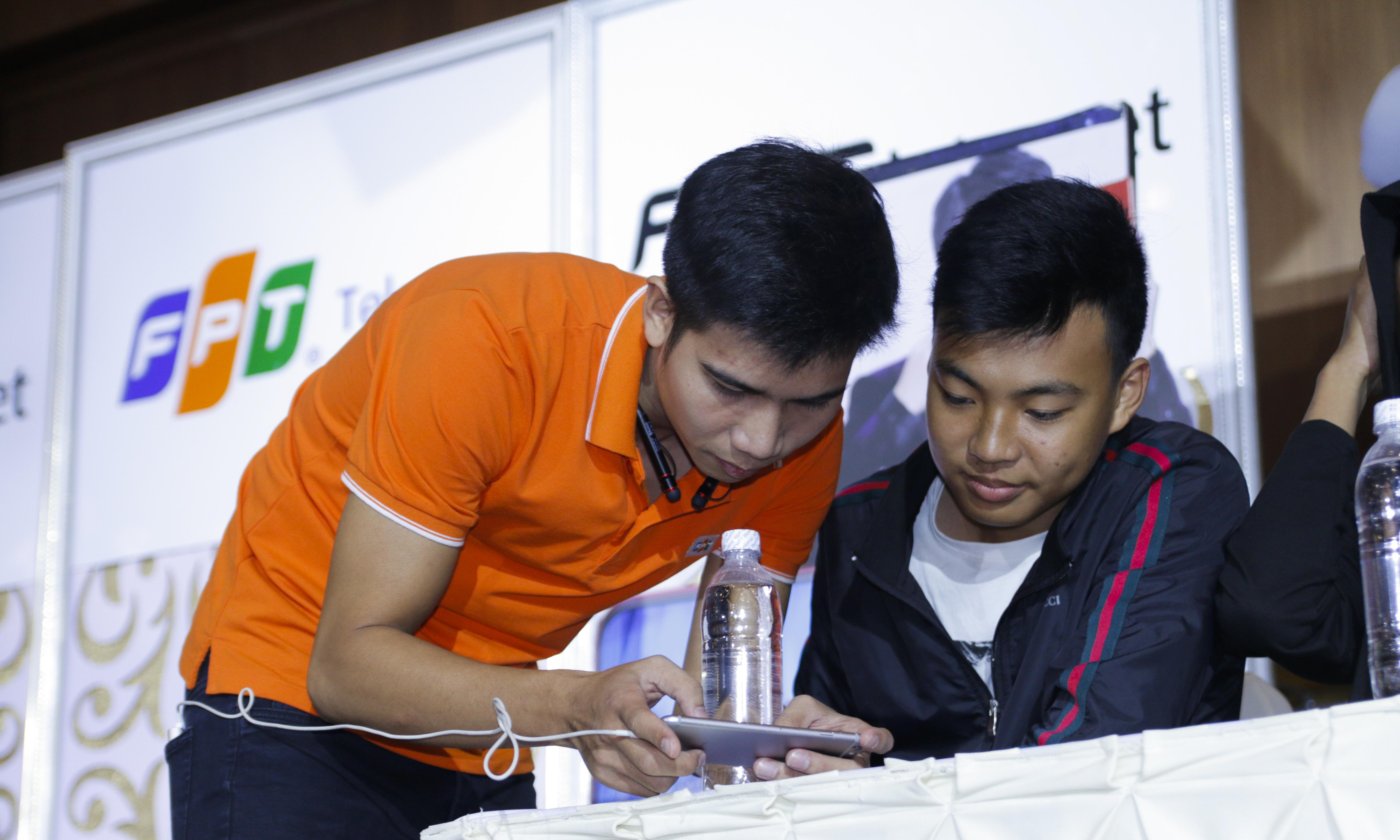 Đây không chỉ là cơ hội để các game thủ thi đấu với nhau giành những phần thưởng hấp dẫn mà còn là dịp trải nghiệm gói Internet SOC 1Gbps và Modem chuẩn AC của FPT Telecom.