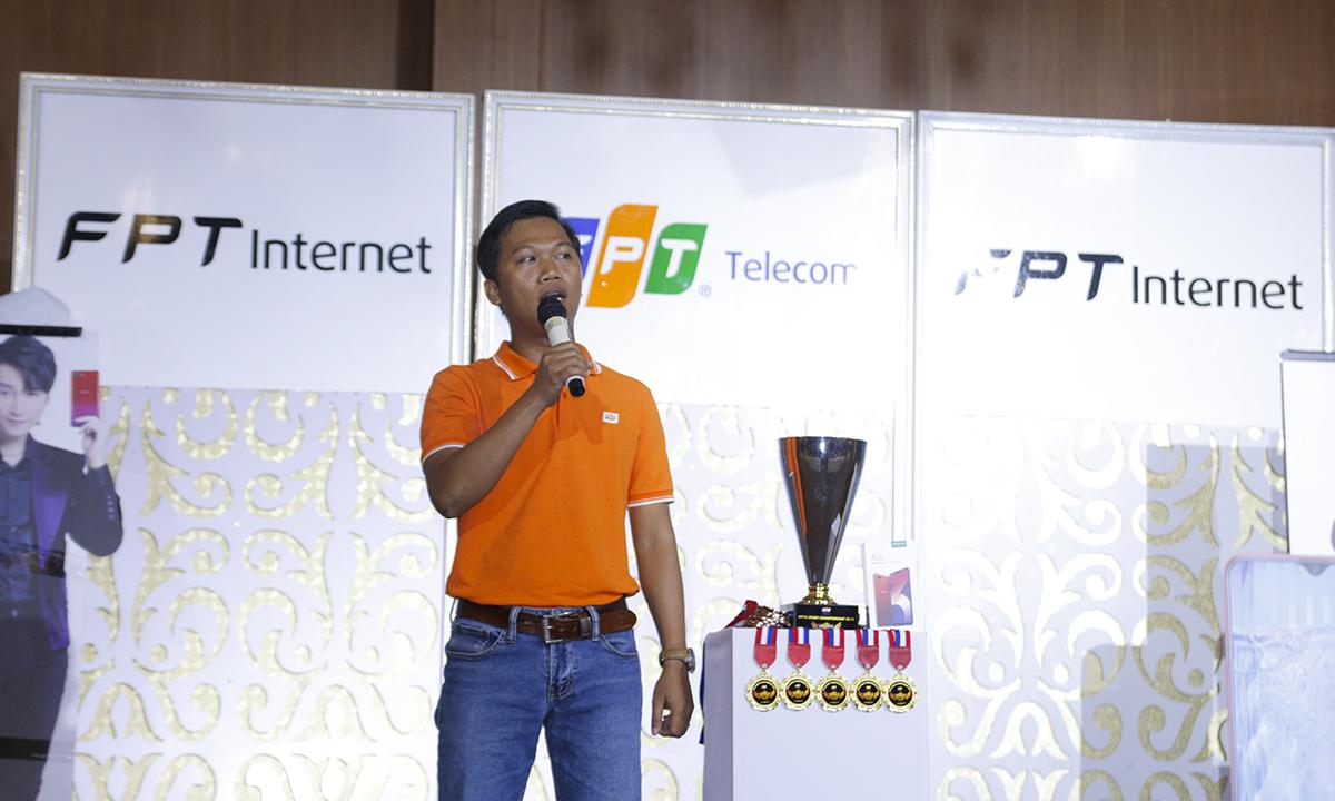 Đại diện đơn vị tổ chức, anh Nguyễn Trung Hậu, Trung tâm Marketing, cho biết FPT Telecom là một trong những đơn vị cung cấp dịch vụ viễn thông và Internet có uy tín, được khách hàng yêu mến tại Việt Nam và khu vực. Đơn vị hi vọng rằng nhờ sự phát triển vượt bậc của công nghệ cùng hạ tầng lớn mạnh hiện có của mình, FPT Telecom có thể góp sức để đưa eSport Việt Nam rút ngắn khoảng cách so với các đối thủ với giải Liên quân Mobile: FPT eSport Championship – Rank game mượt hơn cùng Internet FPT được tổ chức tranh tài tại 18 tỉnh, thành trên cả nước.