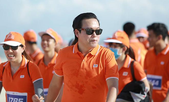 Hình ảnh cực ngầu của anh Trần Thanh Hùng, PGĐ FSG, FPT Software. Anh cho biết khá thoải mái khi tham gia chạy cùng mọi người.