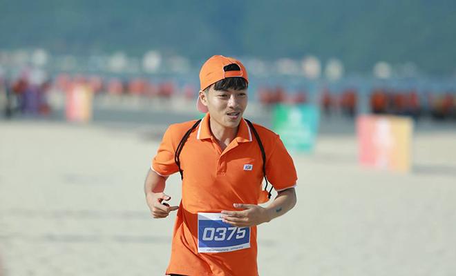 Marathon là hoạt động thể thao, khuyến khích mọi người hướng tới lối sống khỏe mạnh.