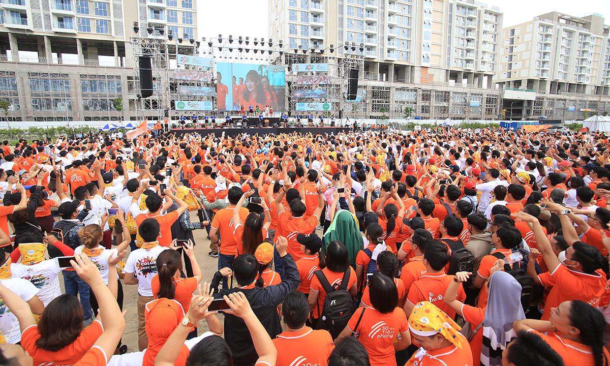 Tại Đại lễ 13/9 khu vực phía Nam, 7.000 người nhà F đã cùng nhau tham gia Đường chạy sắc màu (Color Fest) và thưởng thức bia ở Lễ hội bia trước khi hòa mình trong bầu không khí Đại nhạc hội EDM.
