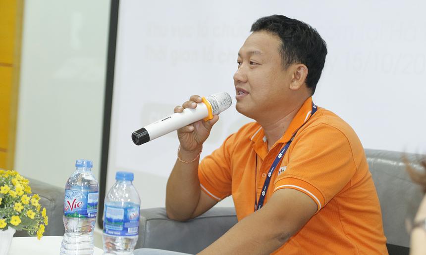 """""""Ngày xưa, vào FPT Telecom lương chỉ bằng 1/3 chỗ cũ nhưng sướng rân"""", anh Phương kể lại."""