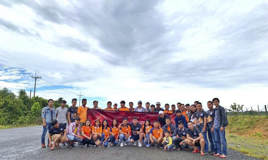 Chương trình team-building của Câu lạc bộ IIB Lion Opennet (FPT Telecom Campuchia) dành cho các nhân viên kinh doanh xuất sắc của Opennet tại Phnompenh, diễn ra ngày 20-21/10 tại Koh Kong, Campuchia.
