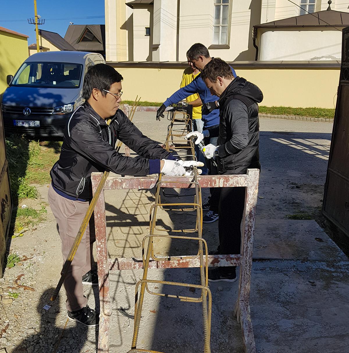 Hoạt động nằm trong nỗ lực mang yêu thương và sẻ chia đến cộng đồng của FPT Slovakia.