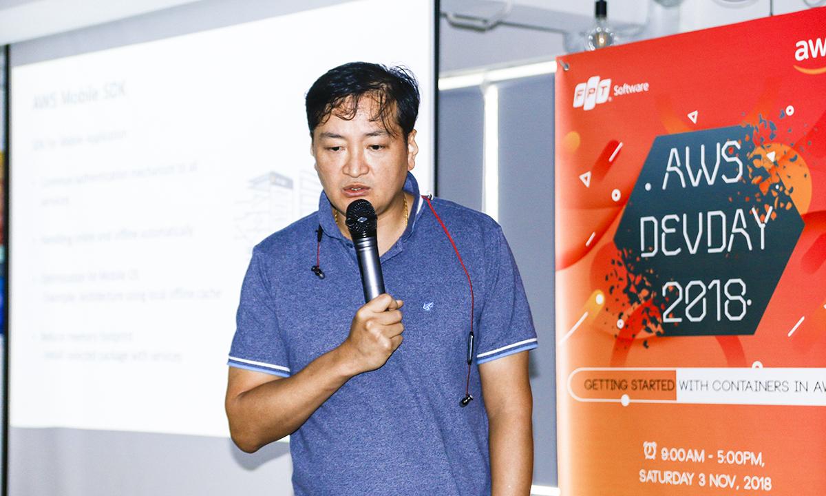 """AWS DevDay 2018 nằm trong chuỗi sự kiện toàn cầu của Amazon Web Services tổ chức cho """"dân kỹ thuật"""", cộng đồng developer, những người luôn muốn tìm hiểu và học hỏi thêm nhiều kiến thức mới, bổ ích từ những chuyên gia công nghệ uy tín."""