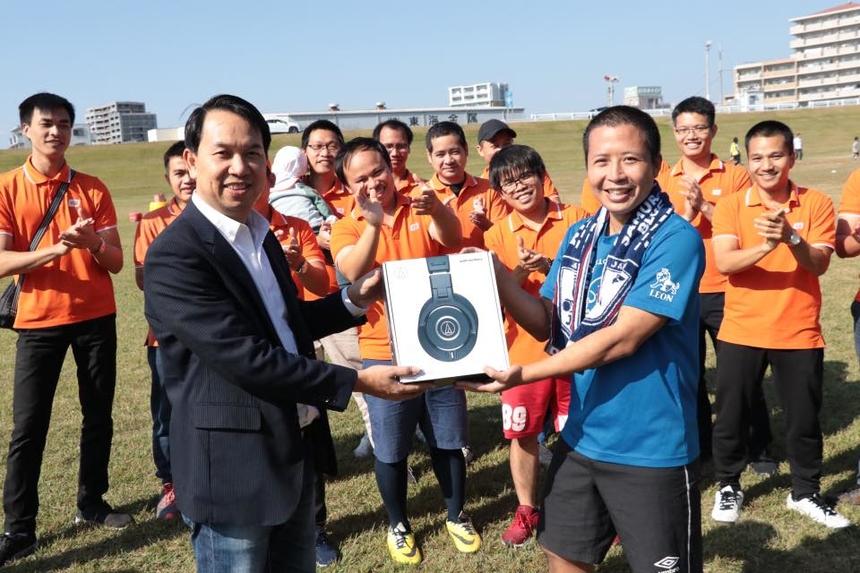 Kết thúc giải chạy, Lê Quang Vinh (FJP.NGO-D) giành Huy chương Vàng đơn nam, Hàng Ái Vy (FJP.NGO-D) huy chương Vàng đơn nữ. Nhóm ME giành ngôi Vô địch chạy tiếp sức đồng đội. Tiệc sinh nhật ngay sau đó, người nhà F xứ mặt trời mọc hoà chung các bài hát STCo ngay gần Văn phòng Toyota-shi Development Center vừa khai trương.