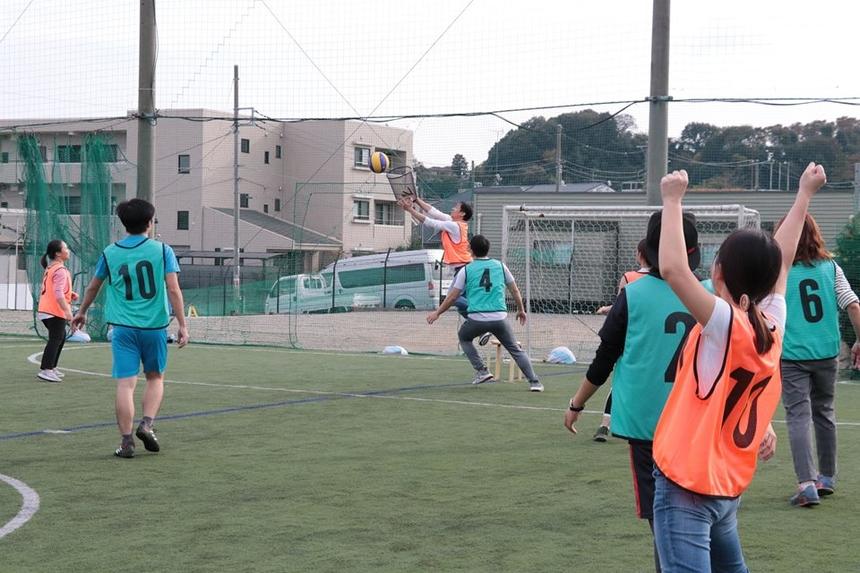 Giải bóng sọt FPT Japan được tổ chức theo thể thức thi đấu giành cúp. Các đội được chia ra 2 bảng A và B để chọn ra 4 đội vào bán kết. Các trận đấu diễn ra căng thẳng và kịch tính nhưng cũng đầy tiếng cười vui vẻ bởi sự hăng máu, hết mình của các vận động viên, đặc biệt là các lãnh đạo, quản lý của FPT Japan như CDO Đỗ Văn Khắc, COO Phạm Thị Thanh Hoa.