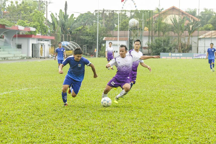 Lúc này bên phía FPT Telecom cũng có một số sự thay đổi người nhằm giữ sức cho các trụ cột và tăng cường cơ hội ra sân cho những cầu thủ dự bị.