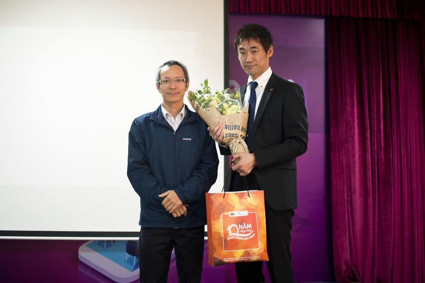 Theo giáo sư, hiện tại Nhật Bản đã có 37 trường đại học áp dụng phương pháp học tập này và đang nhận được một số thành công khởi sắc. Dự án của GS. Takumi Miyoshi dự kiến sẽ tiếp tục hướng đến các nước Đông Nam Á.